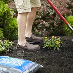 landscaping mulch rock soil